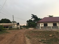 Rechts ons huis