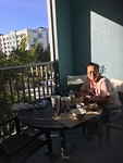 "Ontbijten op ""eigen"" balkon."