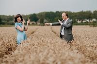 Gek doen in het korenveld