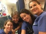 1 avonddienst, 4 verpleegkundigen, 4 verschillende nationaliteiten (Zweden, Noorwegen, USA en NL)