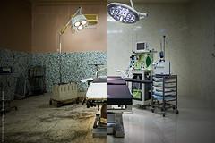 Hopital Be - nieuwe operatie kamer voor en na..