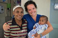 Met Paulinah en haar moeder nog op de afdeling!
