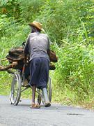 Een prachtig eiland, maar ook hier is de armoede aanwezig en schiet goede zorg tekort...