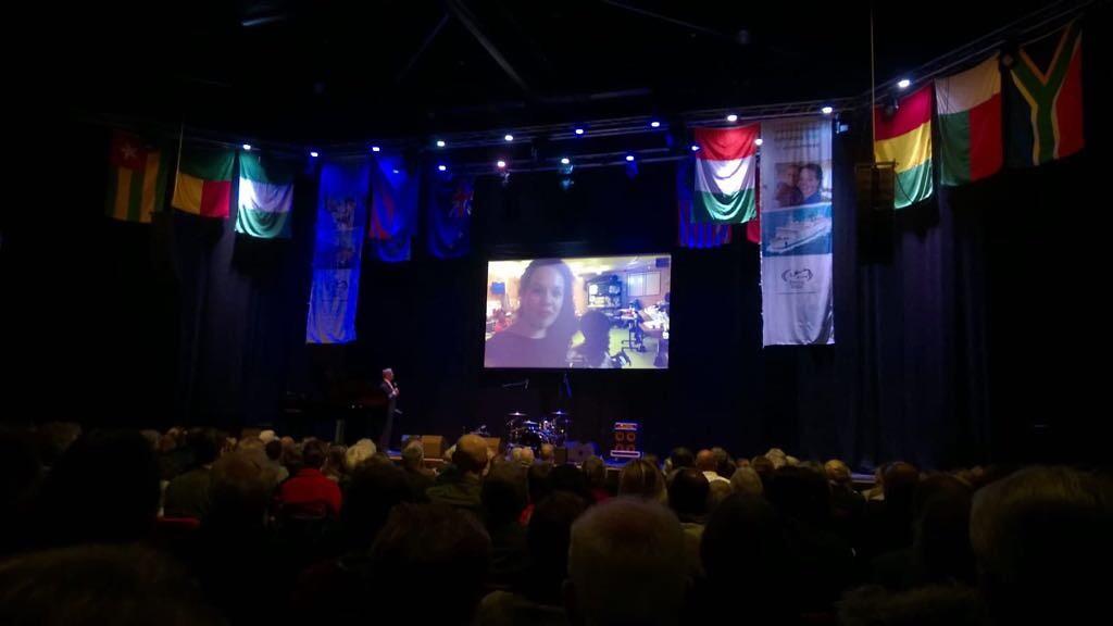 """Mercy Ships avond in Veenendaal, ik """"kwam ook nog even langs""""... Lang leve de live technieken!"""