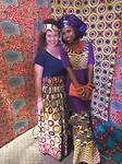 Afrikaanse stoffen mode show! Hier samen met Christel, mijn Kameroense collega!