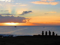 Easter island, Tahai, zonsondergang