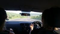 Ik aan het autorijden naar Port Elizabeth