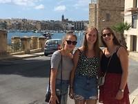 Samen met Britt en Janne in Marsaxlokk