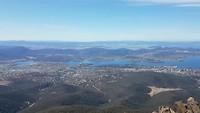 Uitzicht vanaf Pinnacle Lookout op Hobart e.o.