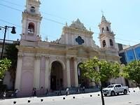 Salta, de kathedraal aan het Plaza Principal 9 de Julio
