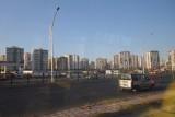 Veel nieuwbouw zoals overal hier (en in Iran).