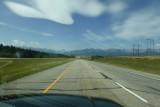 Indrukwekkende wolken opweg naar Banff, de ROCKIES!
