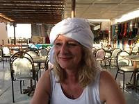 Bea met haar gratis hoofddoek