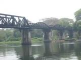Beroemde brug over de River Kwai