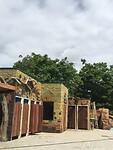 Het wordt mooi het zwembad en de toiletten in de Paramaribo Zoo