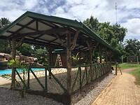 Het zwembad en de hangplekken ruimte is bijna af !