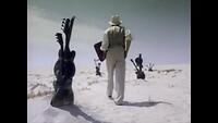 In de woestijn ! Hold me Clíp - als architecten