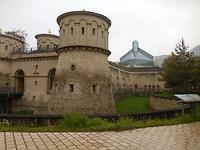 Het fort en daarachter het Mudam Museum
