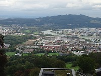 Uitzicht over Linz en de Donau