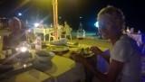 23/10. Eten op het strand.