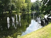 Transparante figuren in Deventer
