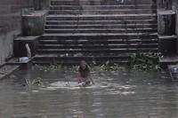 Baden in de rivier