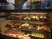 Gewoon een gebakje halen in Mumbai