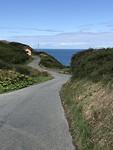 stukje weg naar de Coastal path