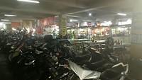 Parkeerplaats én marktplaats onder Alun Alun Bandung