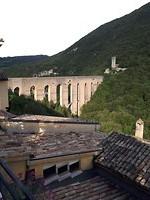 Spoleto, de brug uit 13e eeuw