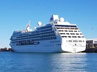 Het cruiseschip in Dover