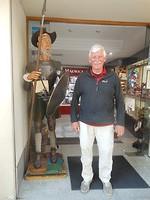 Het zijn net broers.....Henk en Don Quichotte😛