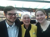 Jarige moeder met neef Frank en nicht Kirsten