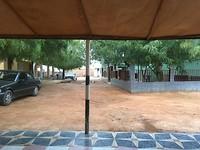La cour de l'hôtel à Kiffa