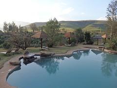 Het zwembad bij het complex