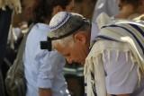 De opa bij de viering