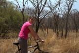 Christa met giraffe