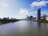 Uitzicht vanaf de brug in Brisbane