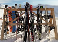 19 ski stalling