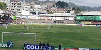 De voetbalwedstrijd in Solola