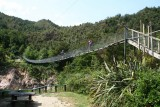 Hangbrug over Buller Gorge