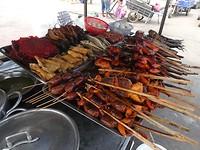 6naar Kratie - markt in Stun Treng
