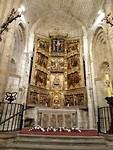 Altaar van kerk in Santillana