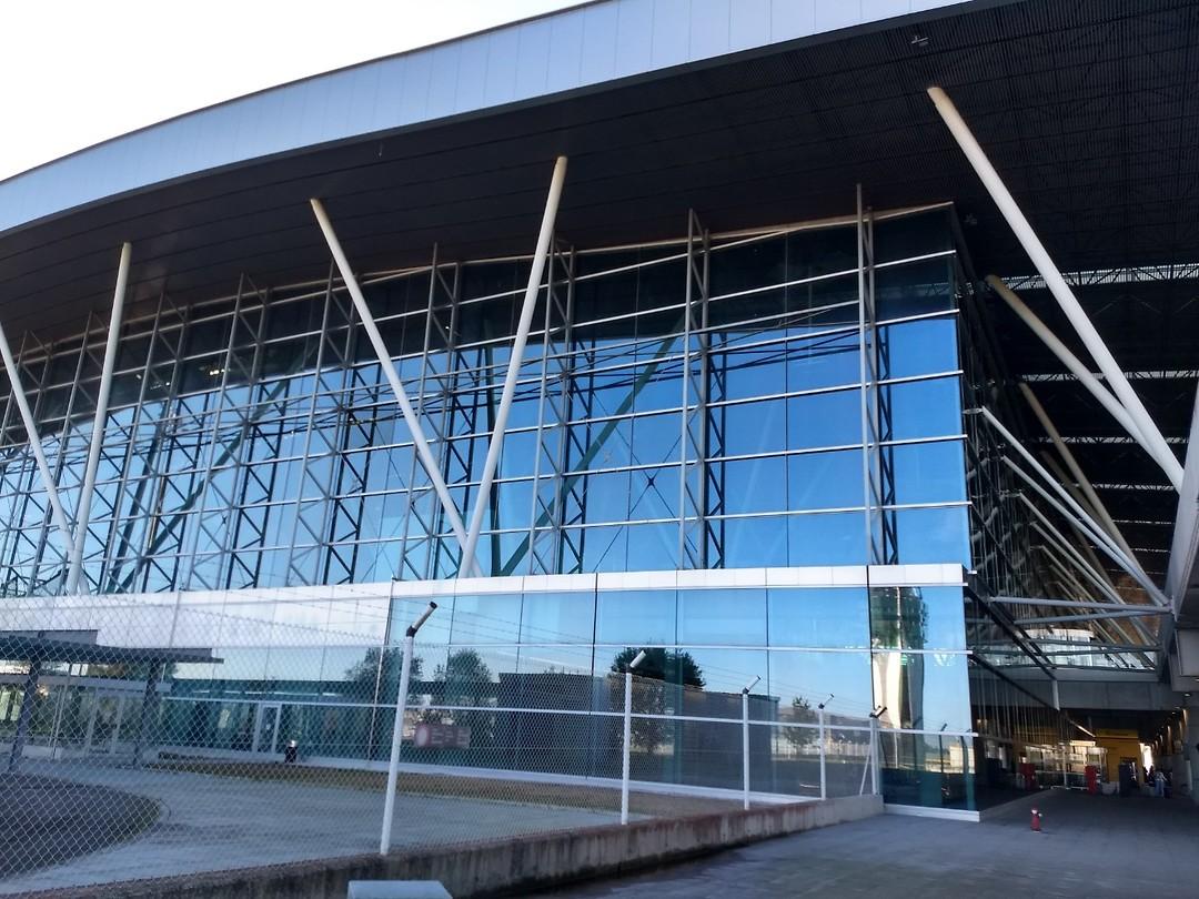 Gloednieuwe terminal van Santiago de Compostela (bij Lavacolla)