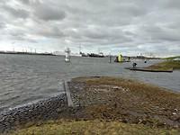 Weer terug bij Nieuwe Waterweg, stormvloedkering