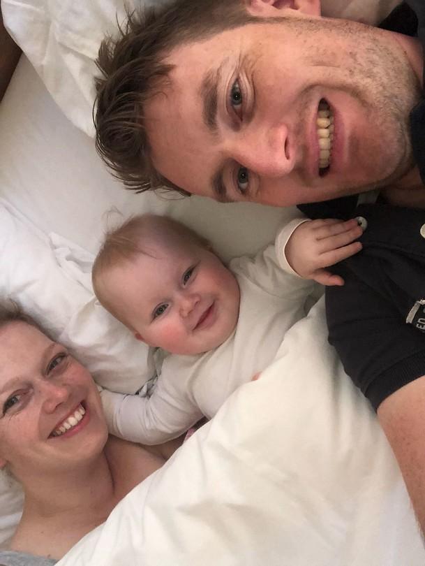 De familie op vakantie