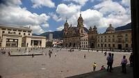 """Plaza de Bolivar het grote plein in """"La Candelaria"""" het centrum van Bogota."""