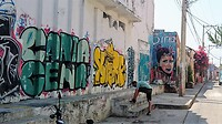 Graffiti in een van de binnenstraten van Getsemani in Cartagena.
