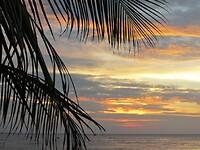 Zonsondergang in Pantai Cenang.