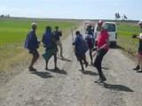 Een dansje onderweg met herders